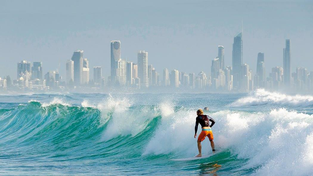 Hero Qld Gc Surfer
